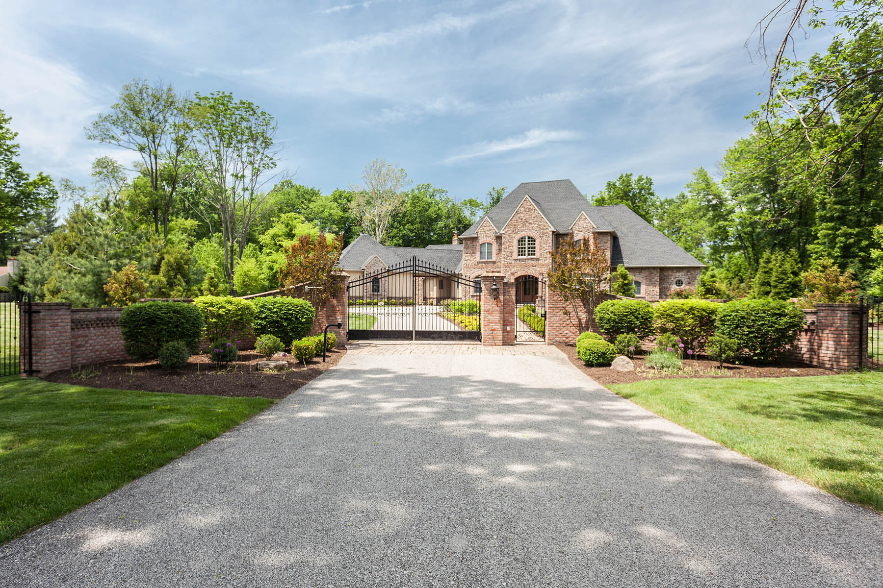 Single Family Home for Sale at Blue Bell, PA 1599 Walton Rd Blue Bell, 19422 United States