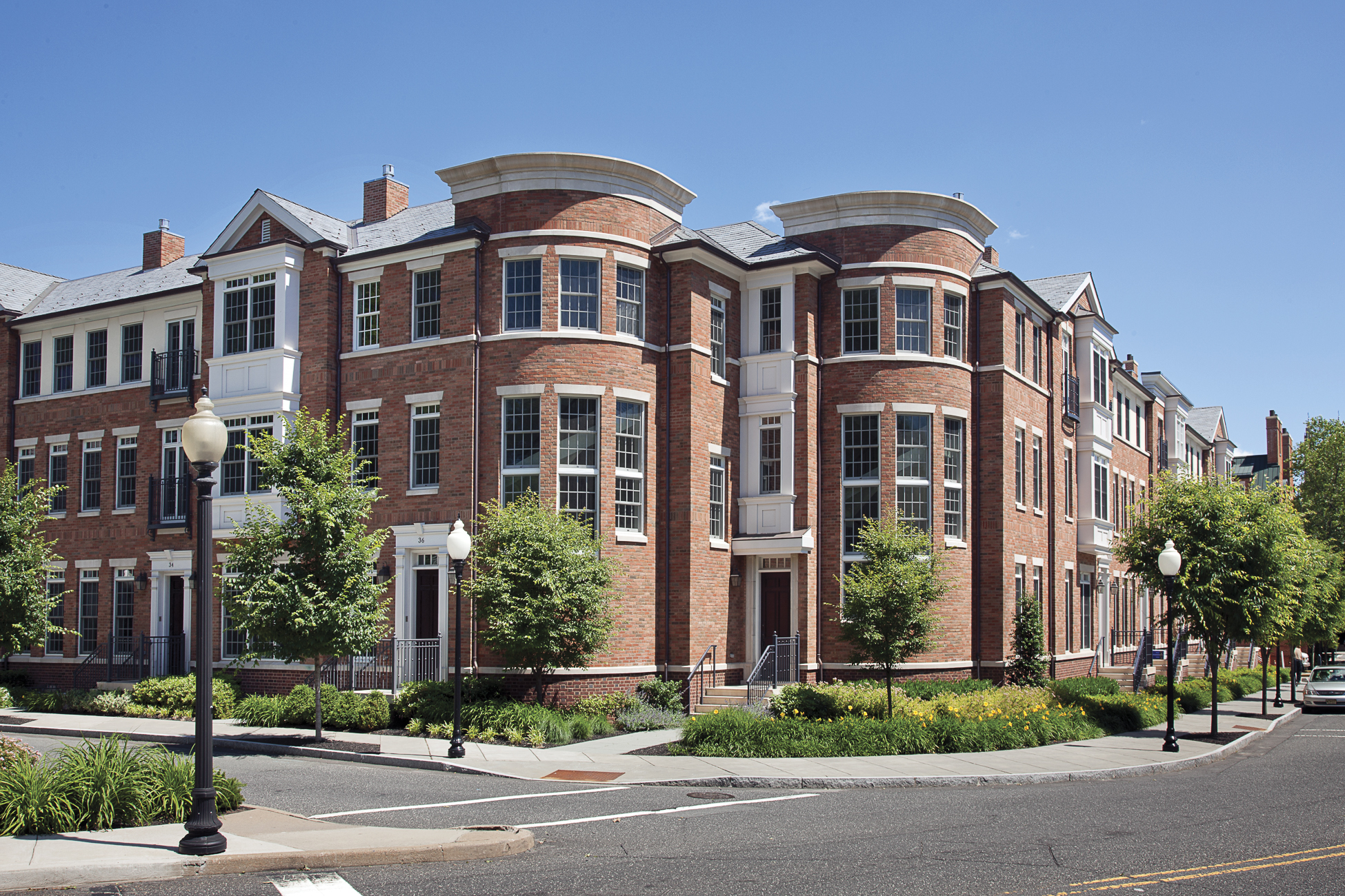 Villetta a schiera per Vendita alle ore Luxurious Townhome in the Heart of Princeton 22 Paul Robeson Place Princeton, New Jersey, 08540 Stati Uniti