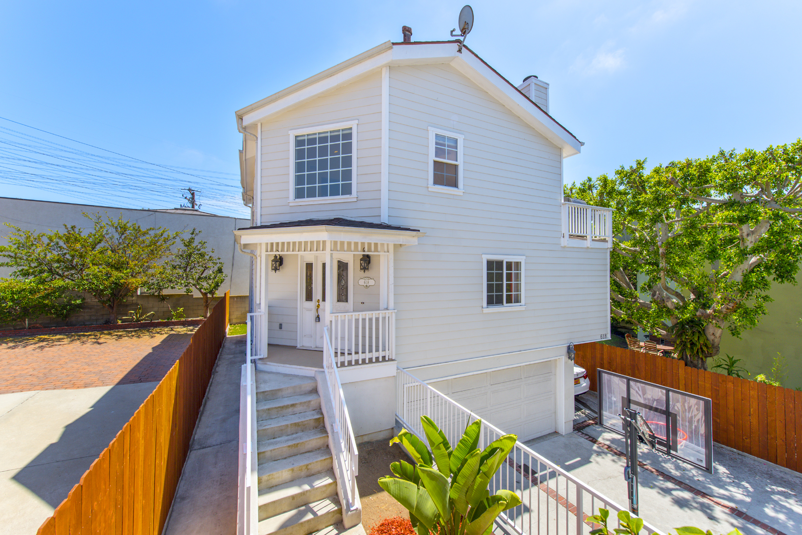 Single Family Home for Sale at 618 1st Street Hermosa Beach, California, 90254 United States
