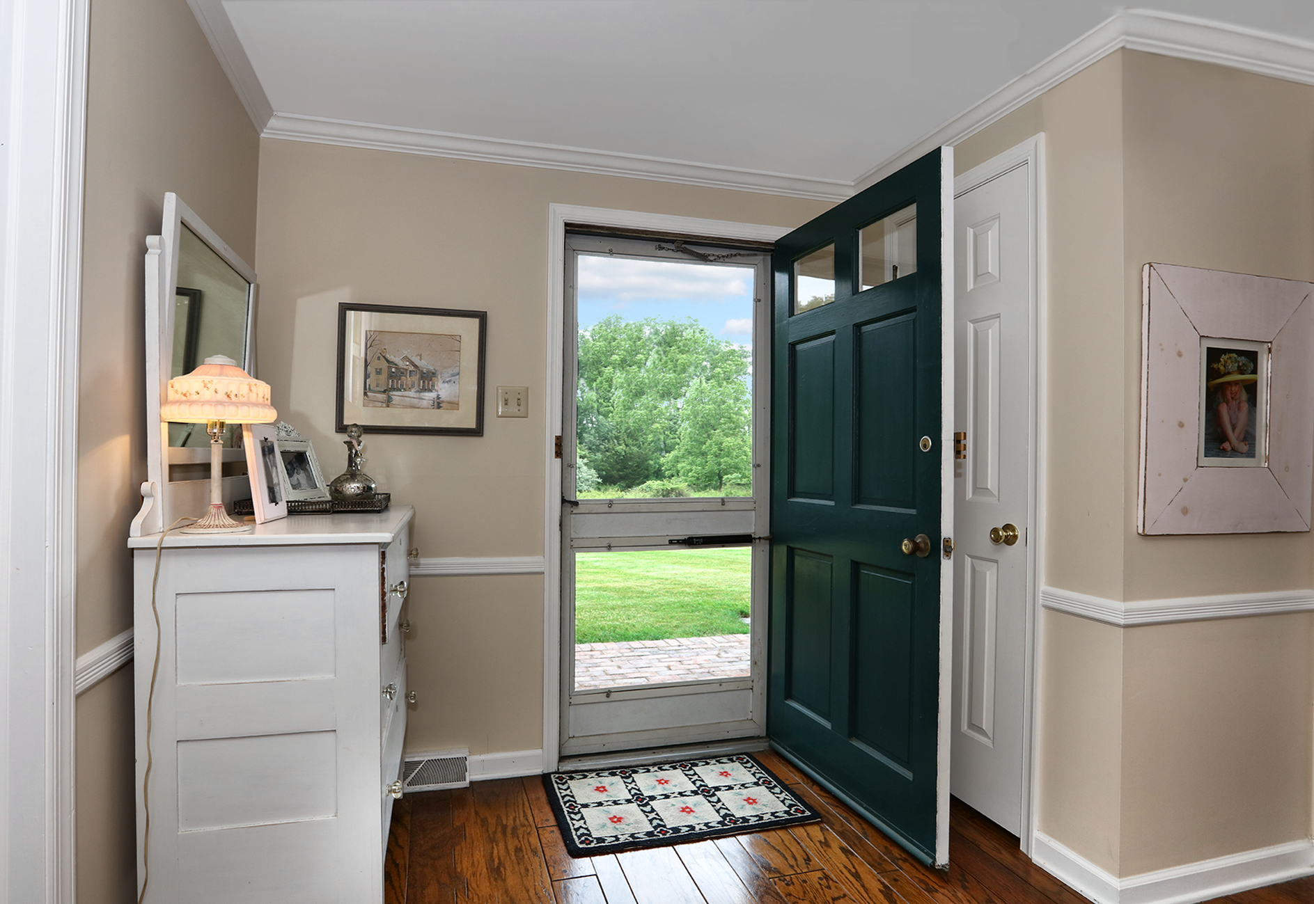 Additional photo for property listing at Easy Chic In Scenic Solebury - Solebury Township 5 Sugan Close Street New Hope, Pennsylvania 18938 United States