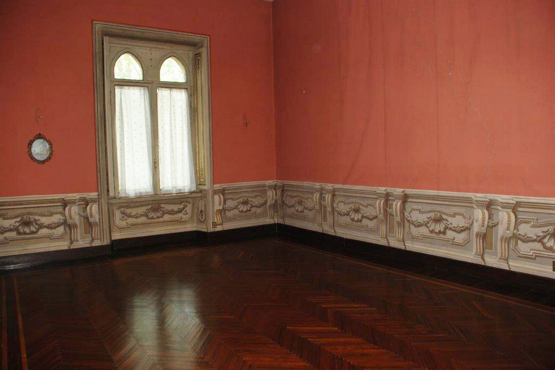 Additional photo for property listing at Exclusive villa in the heart of Rome Lungotevere dei Vallati Rome, Rome 00186 Italy