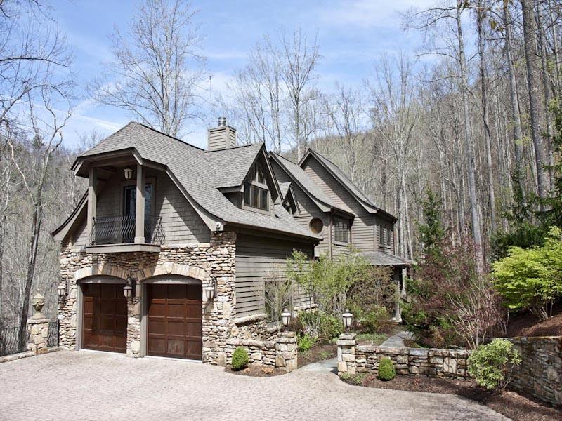 Casa para uma família para Venda às 869 Big Buck Road Highlands, Carolina Do Norte 28741 Estados Unidos
