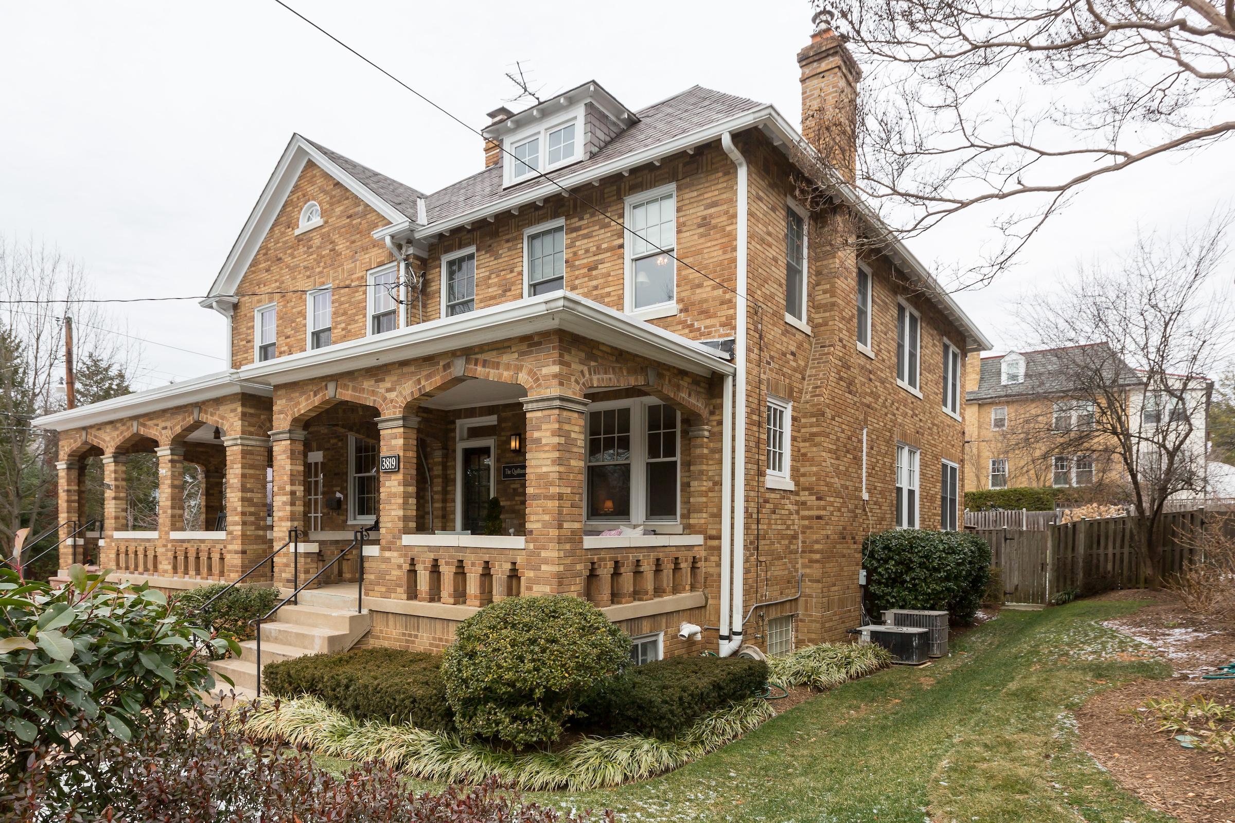 联栋屋 为 销售 在 3819 Garfield Street Nw, Washington 华盛顿市, 哥伦比亚特区, 20007 美国