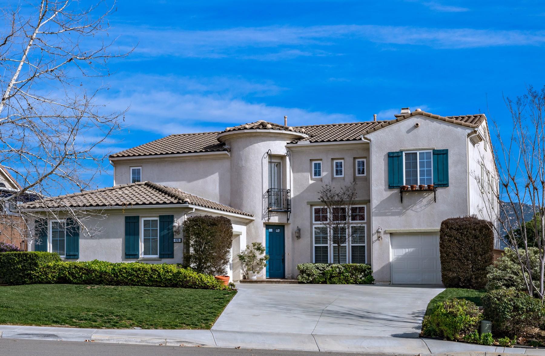 Maison unifamiliale pour l Vente à 670 South Hidden Trails Road Escondido, Californie, 92027 États-Unis
