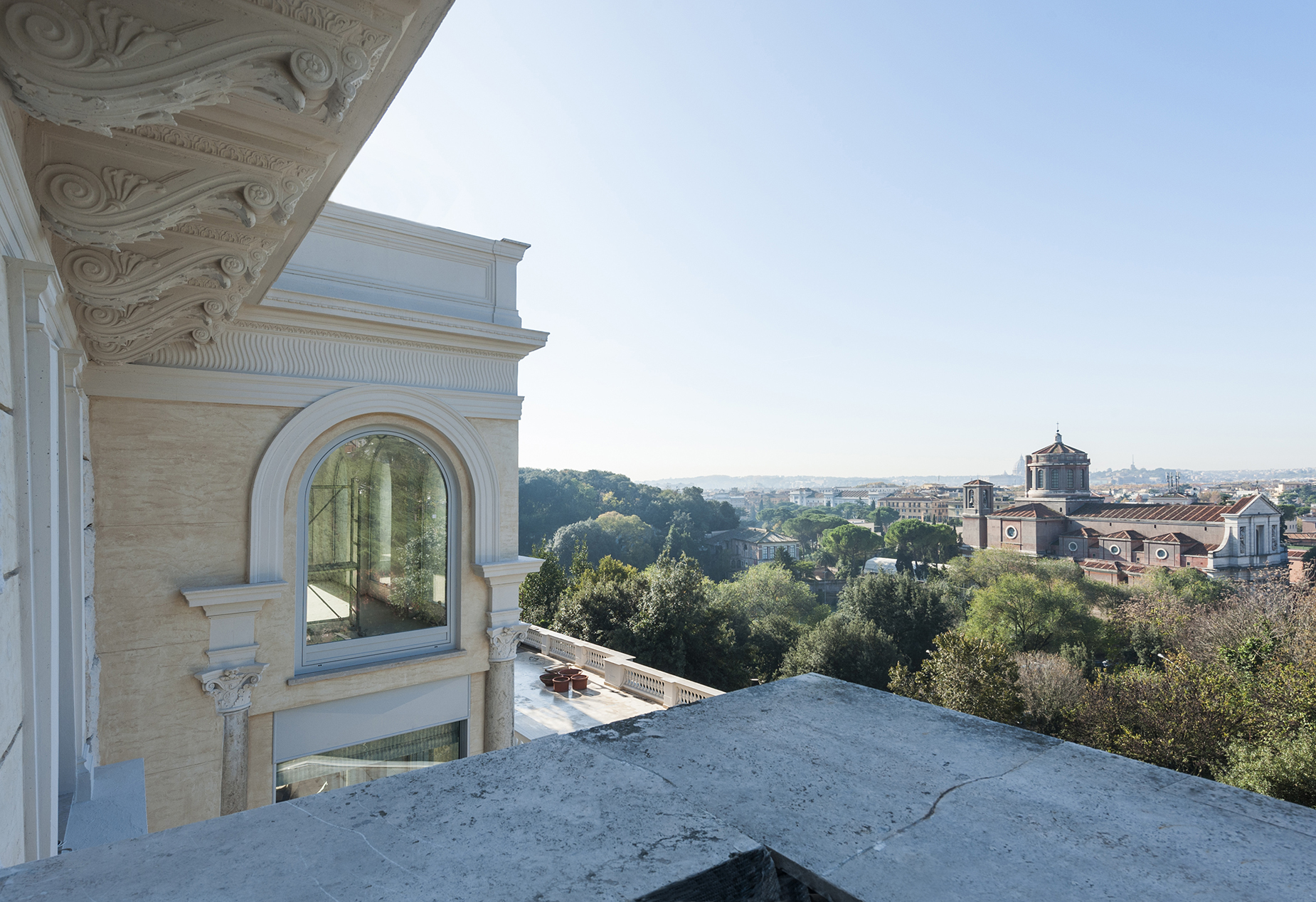 Additional photo for property listing at Magnificent renovated apartment in the Monti Parioli neighborhood Largo Monti Parioli Rome, Rome 00197 Italien