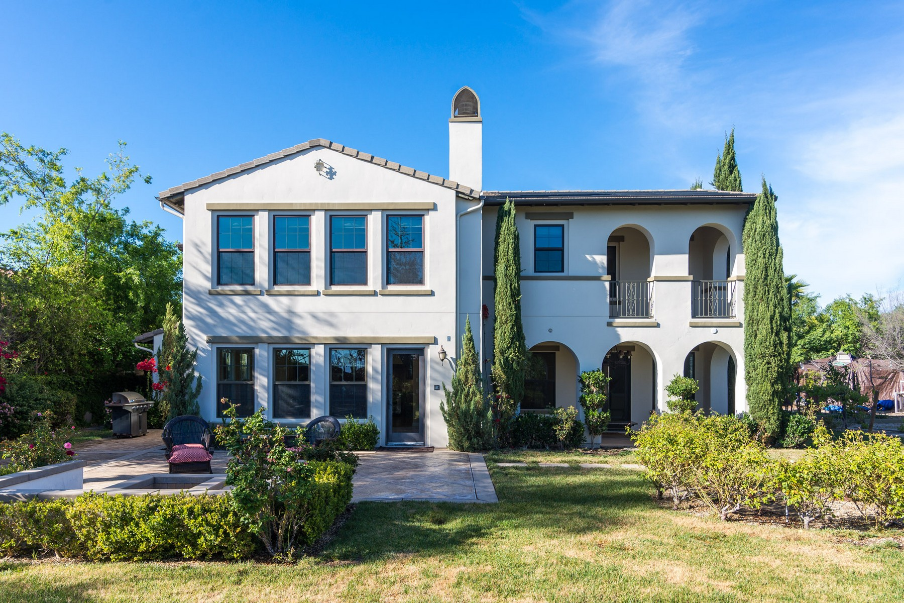 Single Family Home for Sale at 2 Story Home in Crosby 15587 Rising River Place South San Diego, California 92127 United States