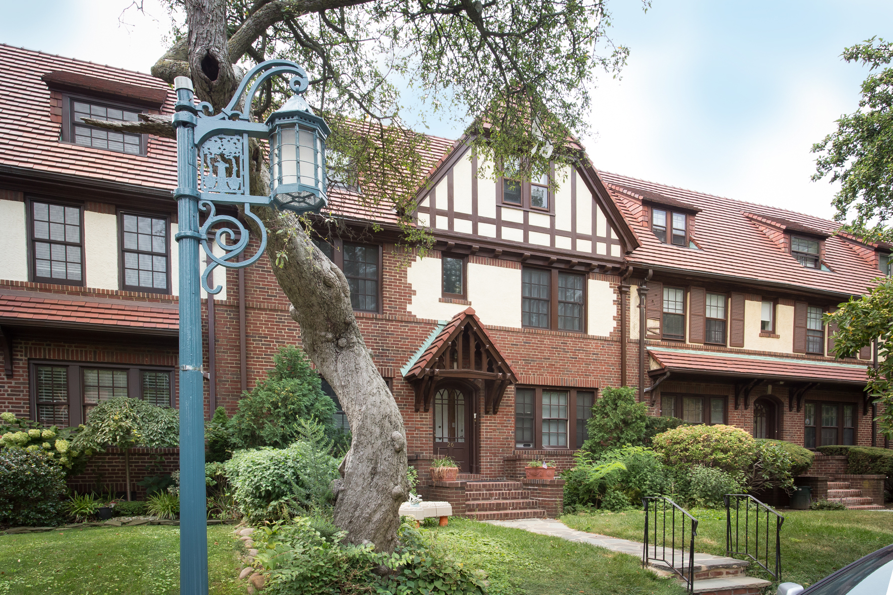 "Apartment for Rent at ""SPACIOUS FHG DUPLEX WITH PARK VIEWS"" Forest Hills, New York 11375 United States"