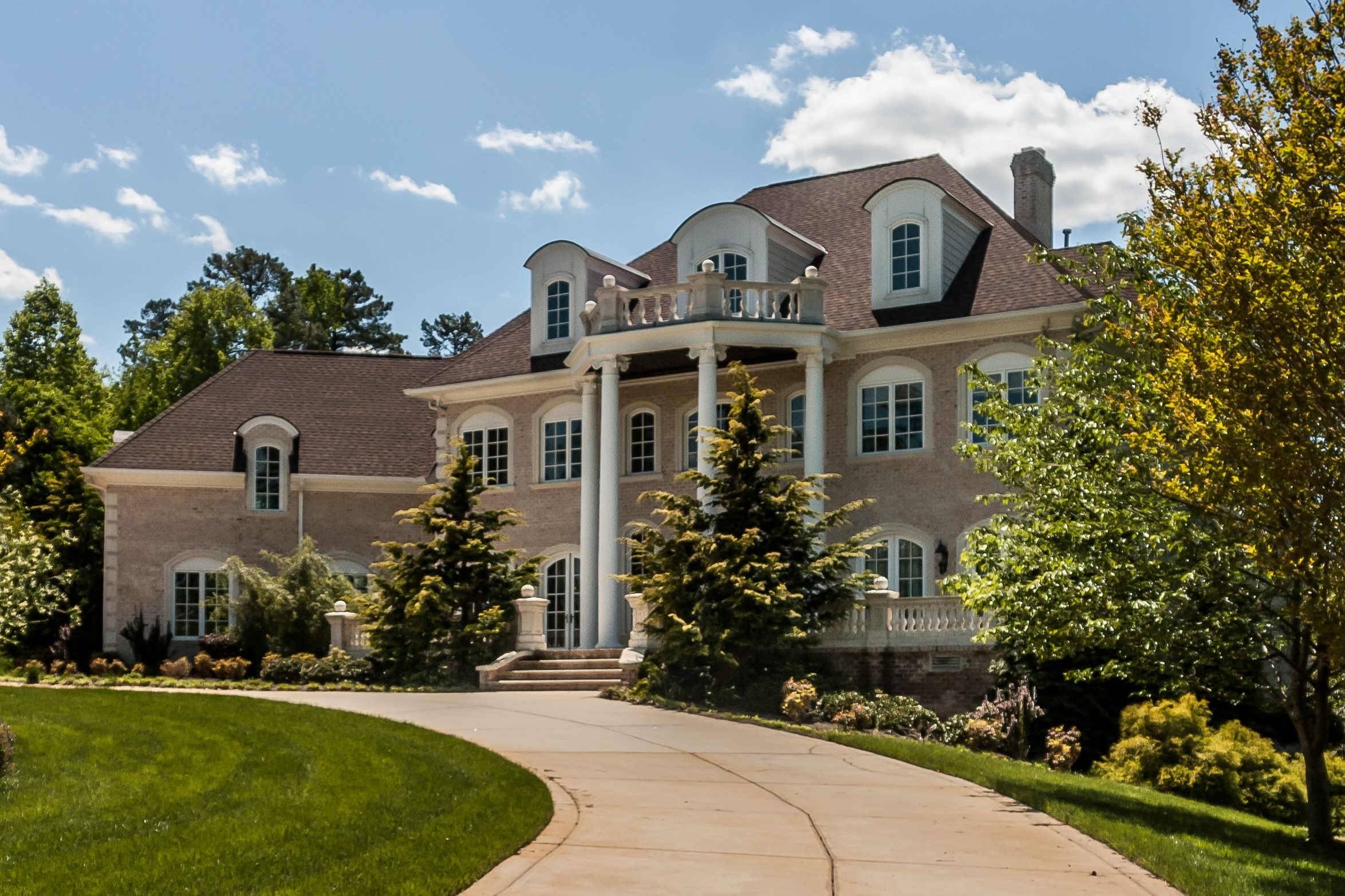 Single Family Home for Sale at Devon Estate 1000 Clovelly Court Raleigh, North Carolina 27614 United States