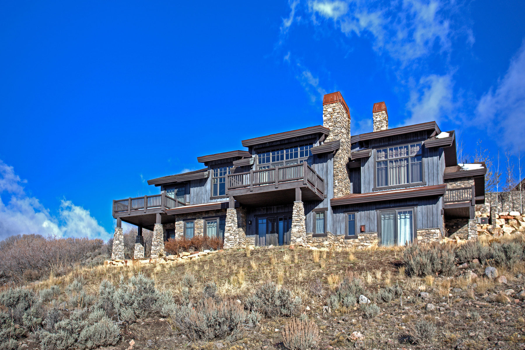 Casa Unifamiliar por un Venta en Wide Open, Wonderful Views of the Wasatch Front 8945 N Mountain Crest Rd Park City, Utah 84098 Estados Unidos