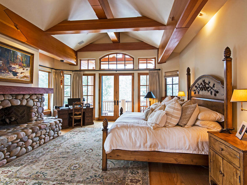 Property Of Timeless Deer Valley Ski-In Ski-out Mountain Retreat