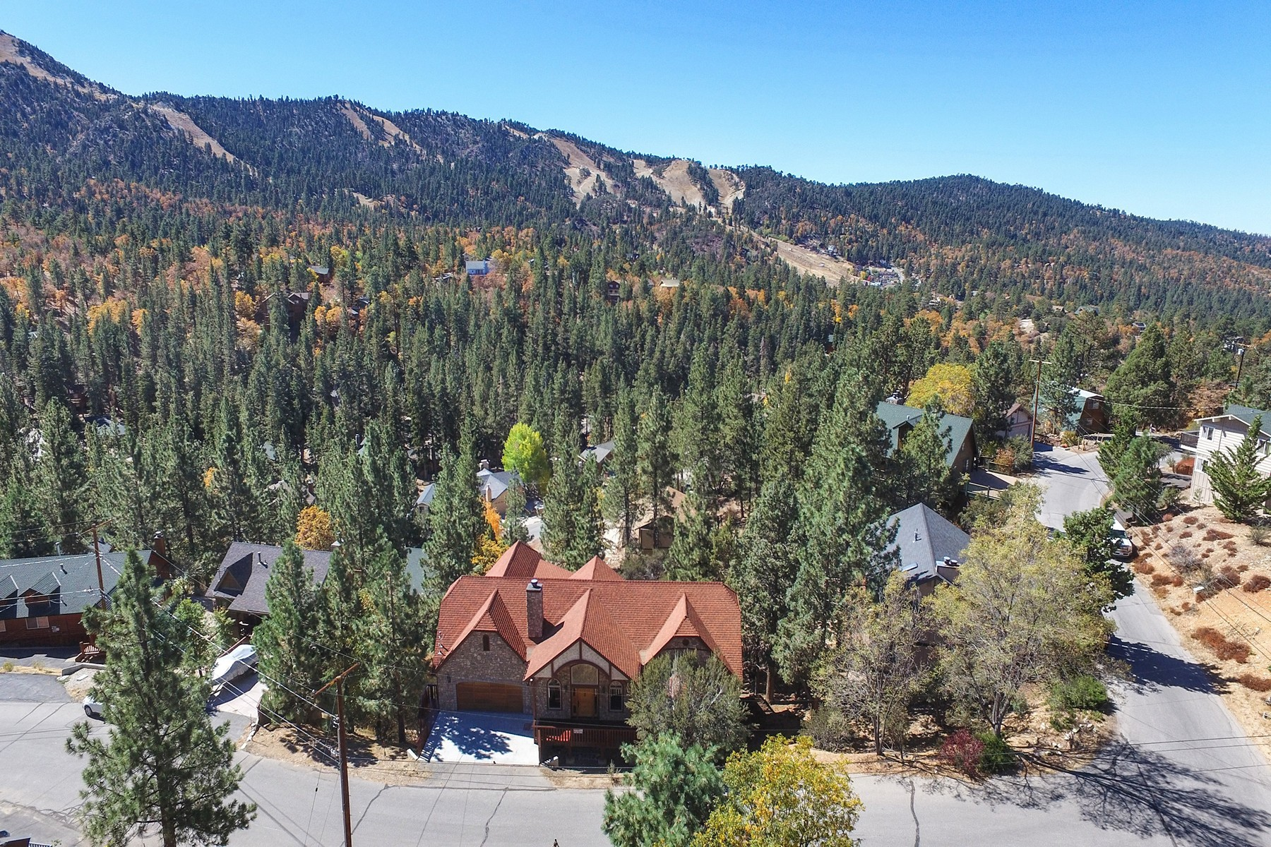 Single Family Home for Sale at 43731 Canyon Crest Big Bear Lake, California, 92315 United States