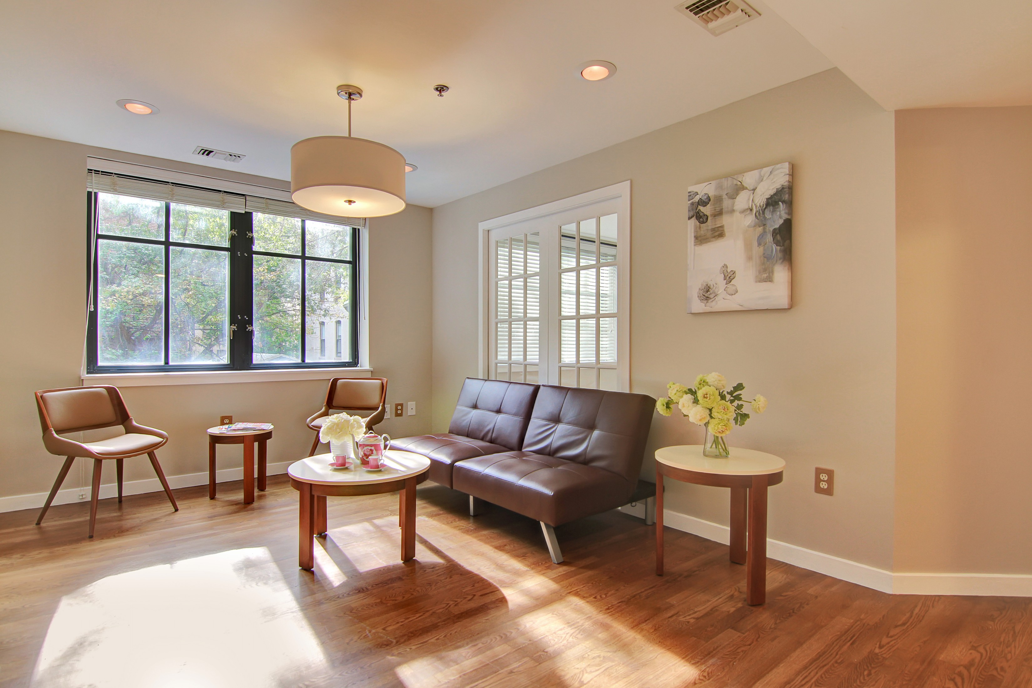 Property Of HAVE IT ALL!! Beautiful tree lined block modern 2BD 2BA apartment.