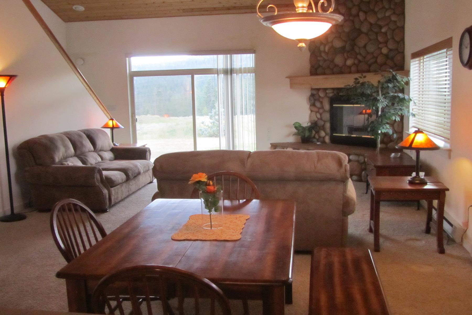 Appartement en copropriété pour l Vente à Candlelight Meadow 116 Candlelight Drive Big Sky, Montana 59716 États-Unis