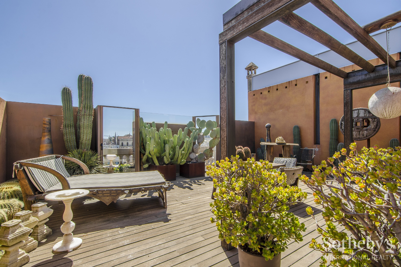 Квартира для того Продажа на Exclusive penthouse duplex in L'Eixample Dret, Barcelona Barcelona City, Barcelona 08009 Испания