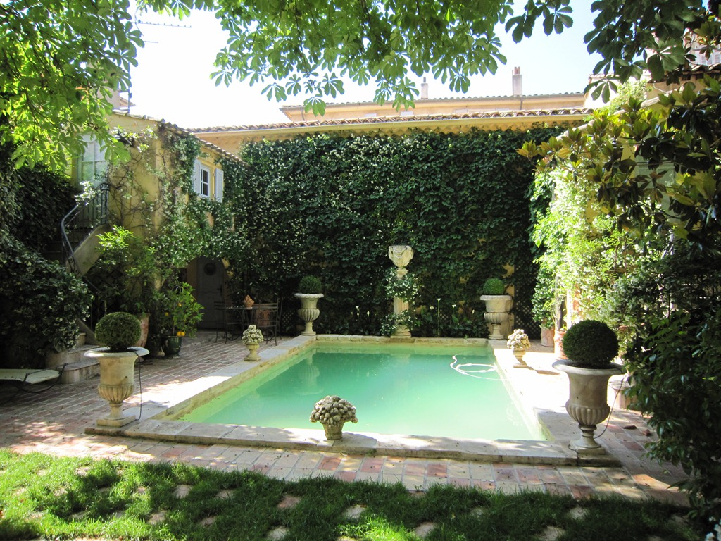 Property Of L'excellence à Aix-en-Provence :  Hôtel Particulie