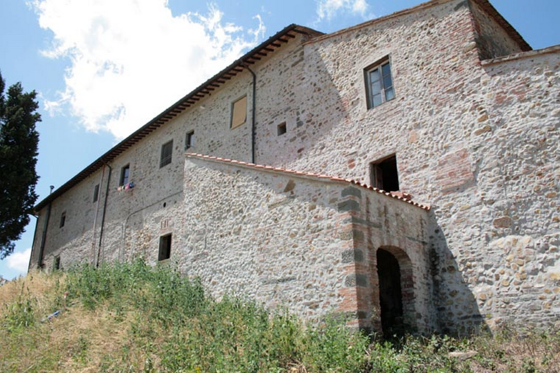Additional photo for property listing at Tuscan farm in Chianti region Pisignano San Casciano In Val Di Pesa, Florence 50026 Italia