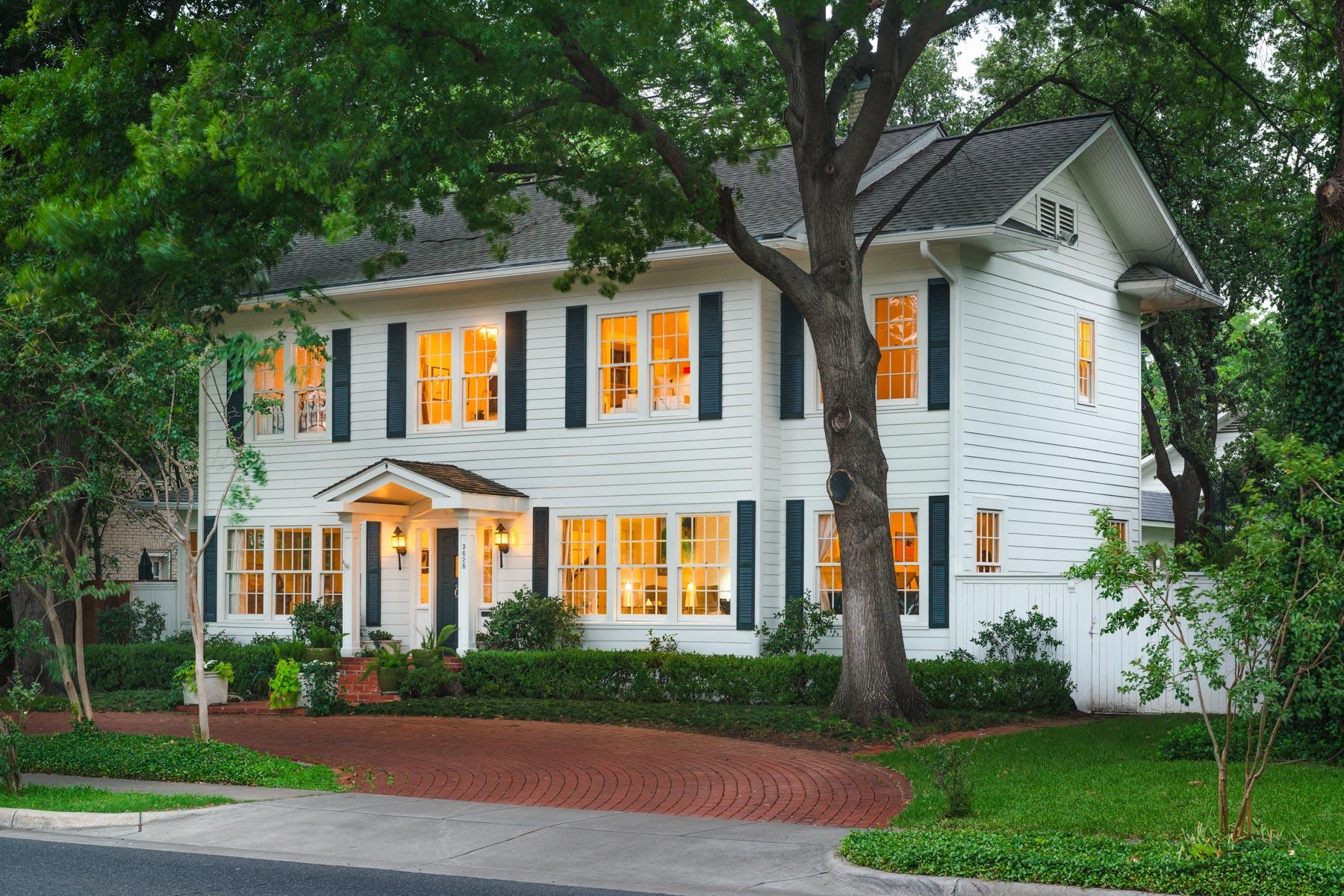 Nhà ở một gia đình vì Bán tại 3628 Mockingbird Lane Dallas, Texas, 75205 Hoa Kỳ