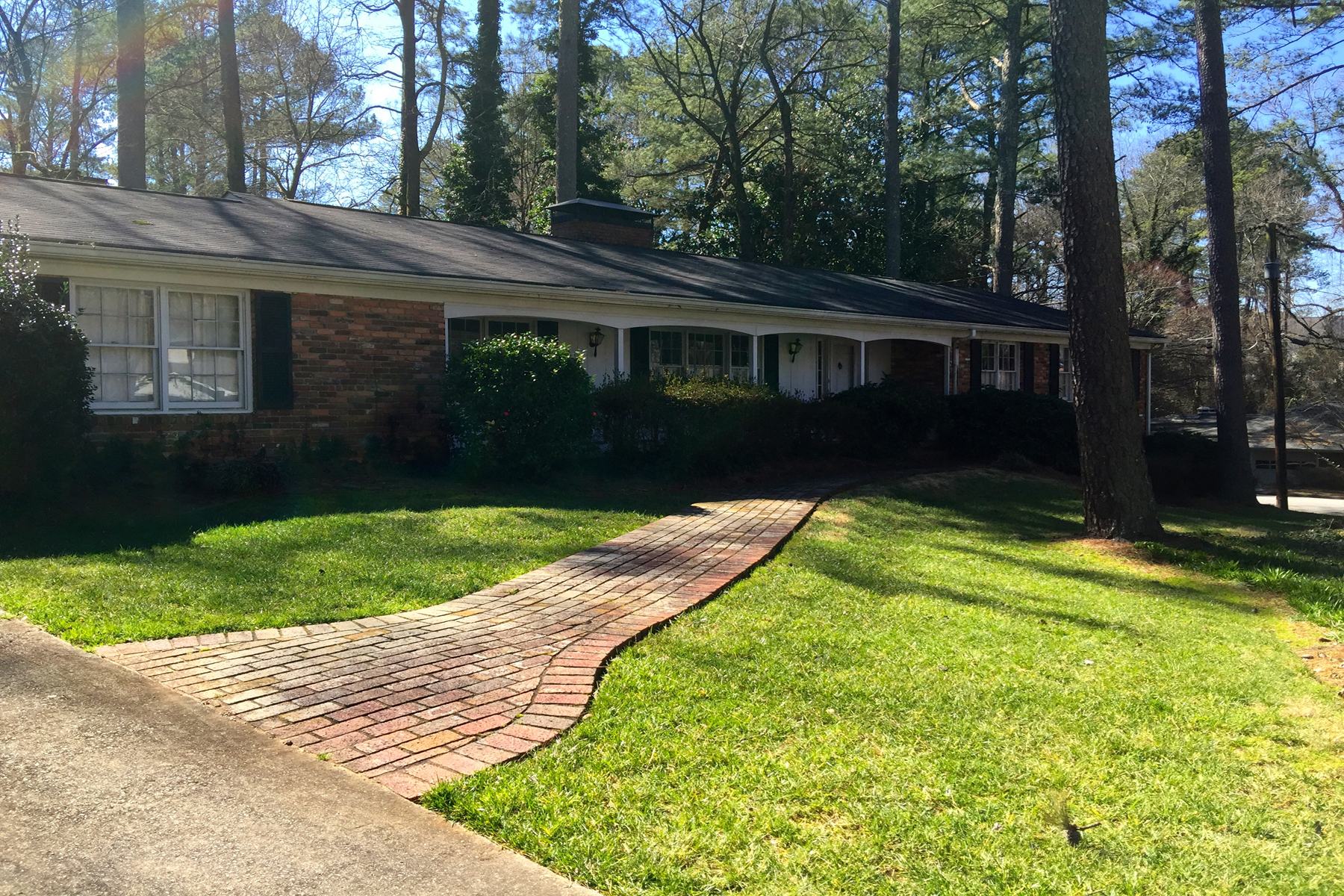 Single Family Home for Sale at Amazing Opportunity To Build Or Renovate In Chastain Park 358 Cochran Drive NW Chastain Park, Atlanta, Georgia, 30327 United States