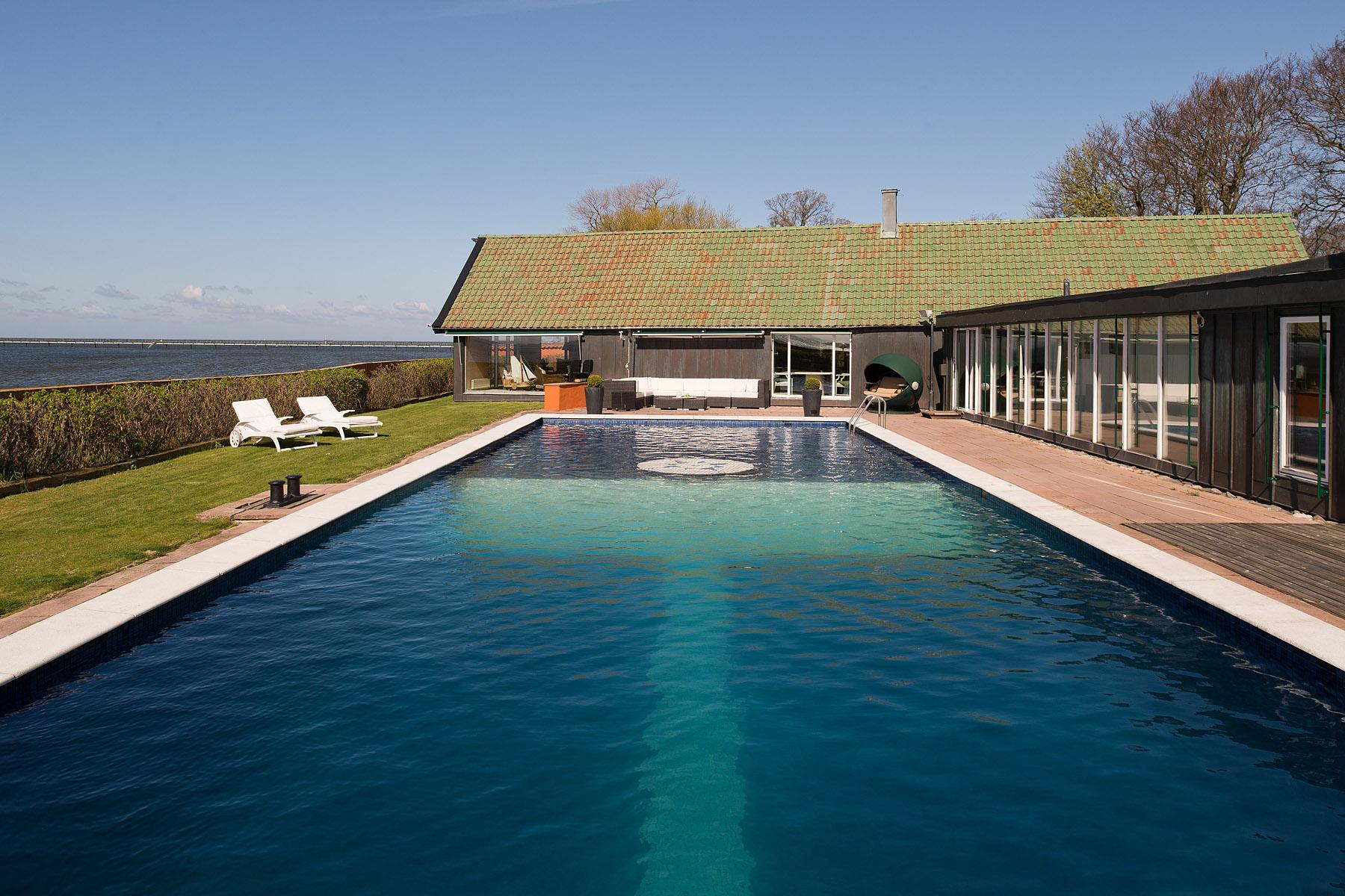獨棟家庭住宅 為 出售 在 Beach villa Bjärred Södra Västkustvägen 26 Other Skane, Skane, 23736 瑞典