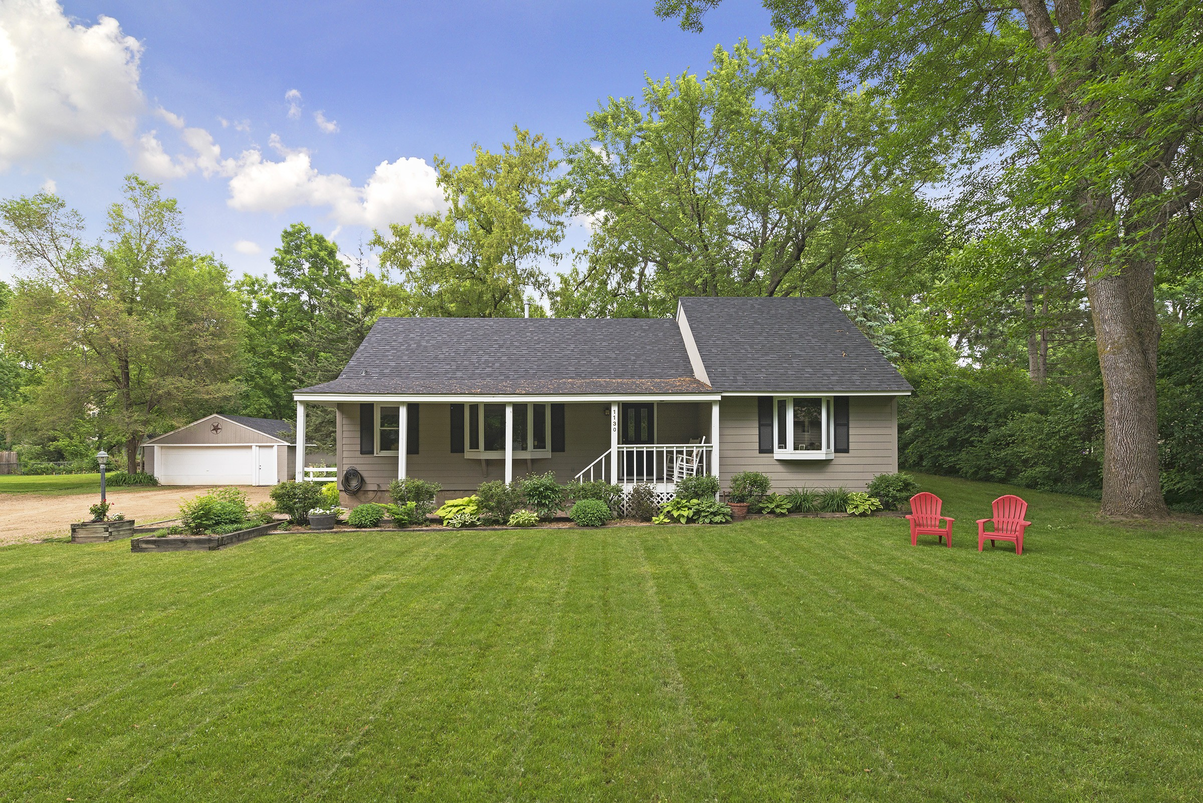 sales property at 1130 Willow Drive S