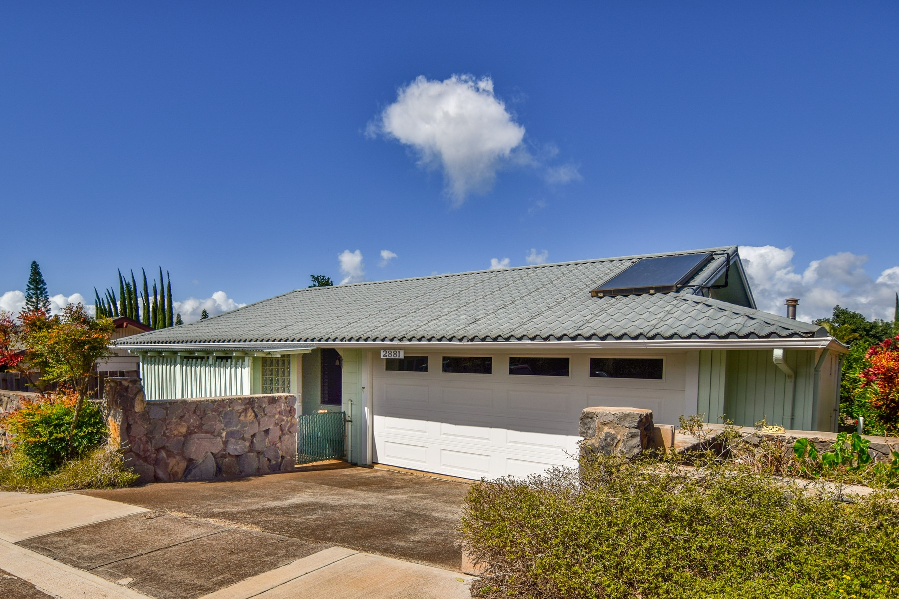 Property For Sale at Great Pukalani Starter Home