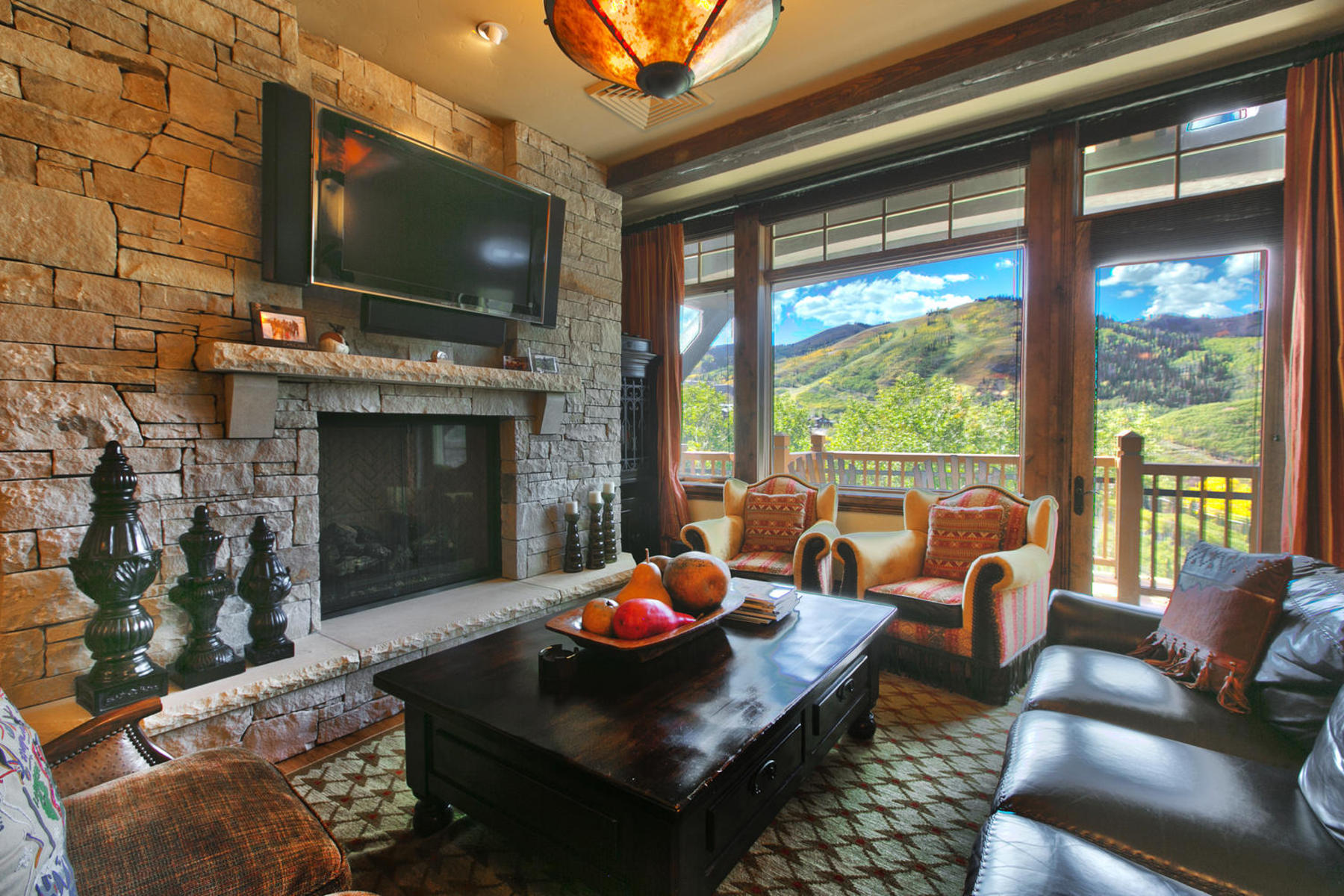Villa per Vendita alle ore Gret Opportunity Priced to Sell 8902 Empire Club Dr #503 Park City, Utah 84060 Stati Uniti
