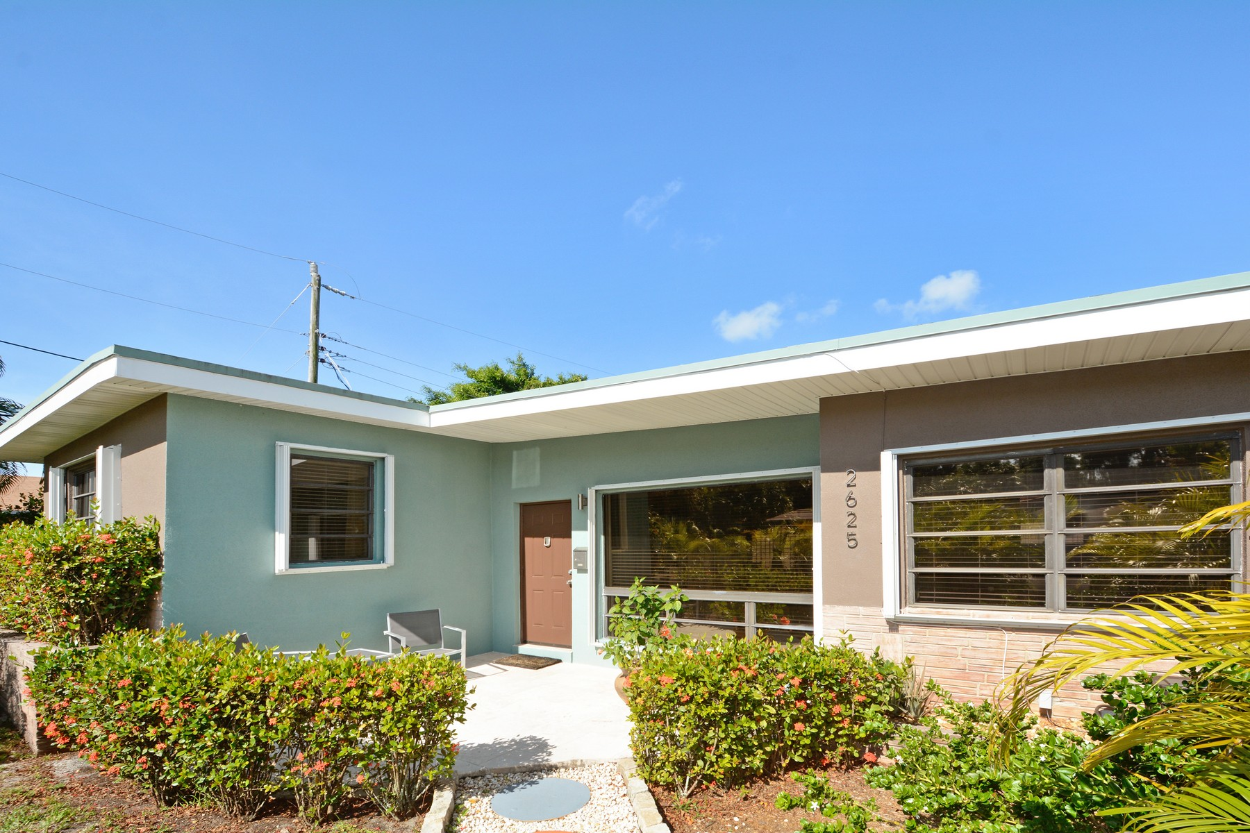 Single Family Home for Sale at Middle River Estates 2625 NE 16th Ave. Fort Lauderdale, Florida 33334 United States