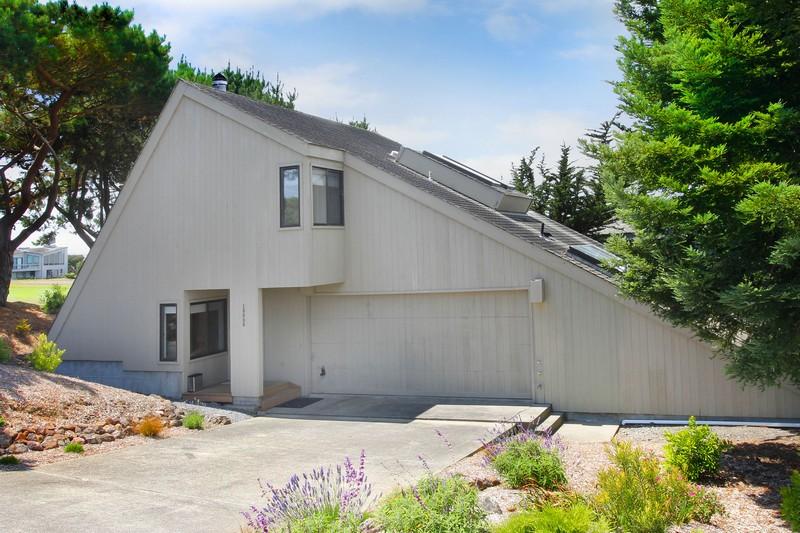 Single Family Home for Sale at 19909 Heron Drive Bodega Bay, California 94923 United States