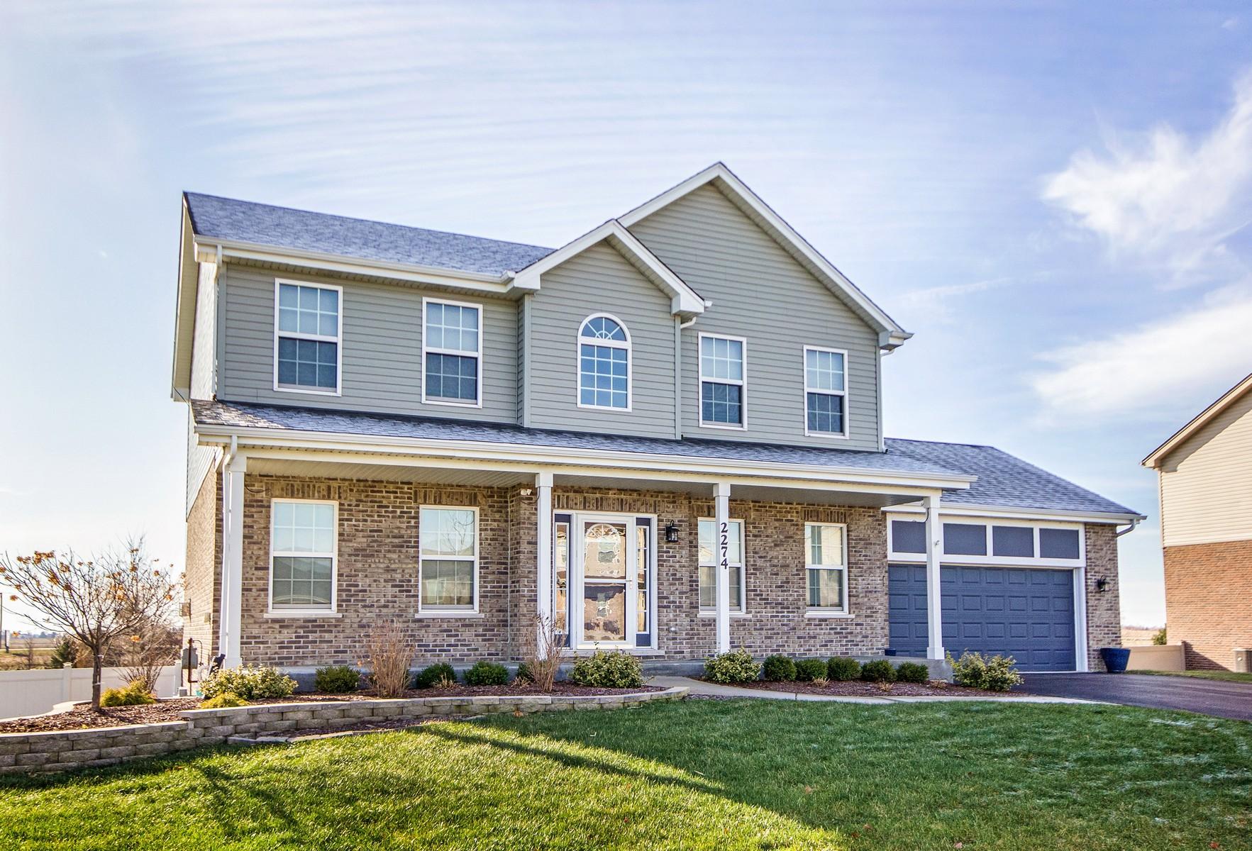 Частный односемейный дом для того Продажа на Beautiful Home in Heather Glen 2274 Scotsglen Drive New Lenox, Иллинойс, 60451 Соединенные Штаты