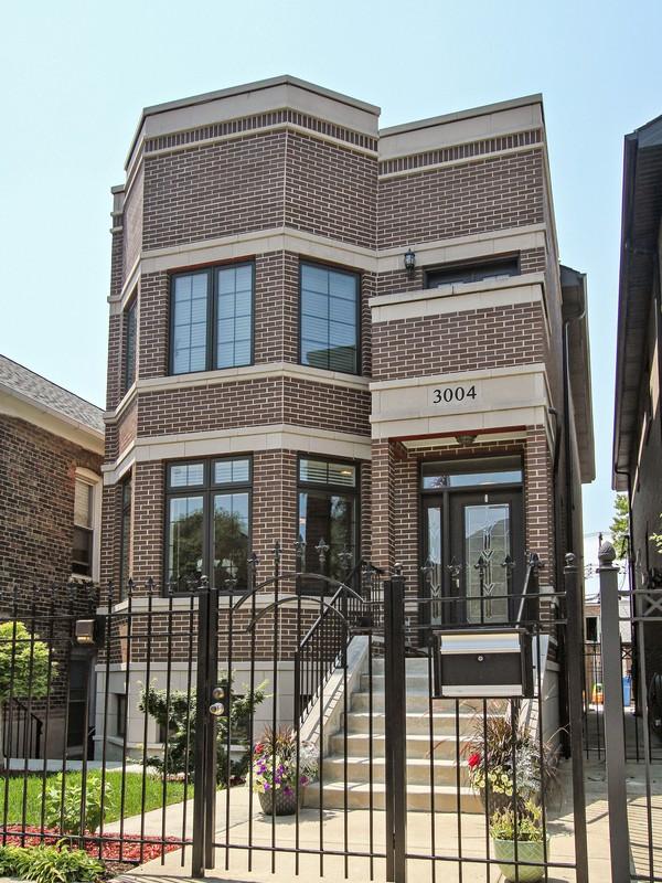단독 가정 주택 용 매매 에 All Masonry Custom Built Home 3004 S Canal Street Bridgeport, Chicago, 일리노이즈 60616 미국
