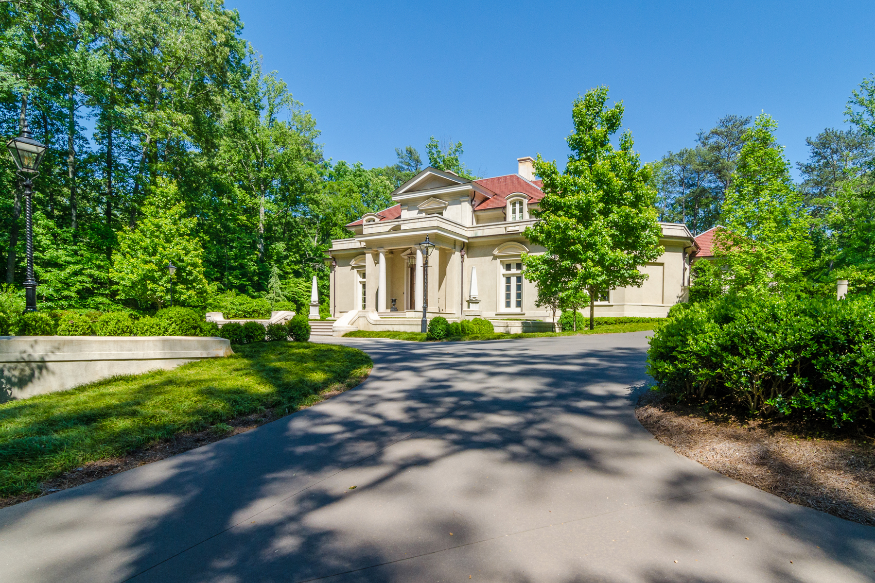 Additional photo for property listing at Gated Italianate Estate In Buckhead 4327 E Conway Drive NW Atlanta, 조지아 30327 미국