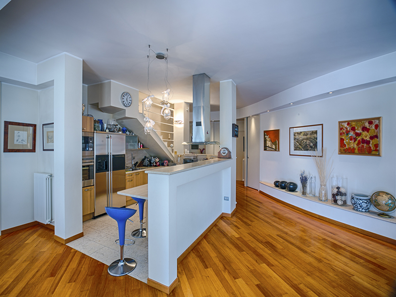 Additional photo for property listing at Modern penthouse with large terrace Via Ennio Milano, Milan 20137 Italien