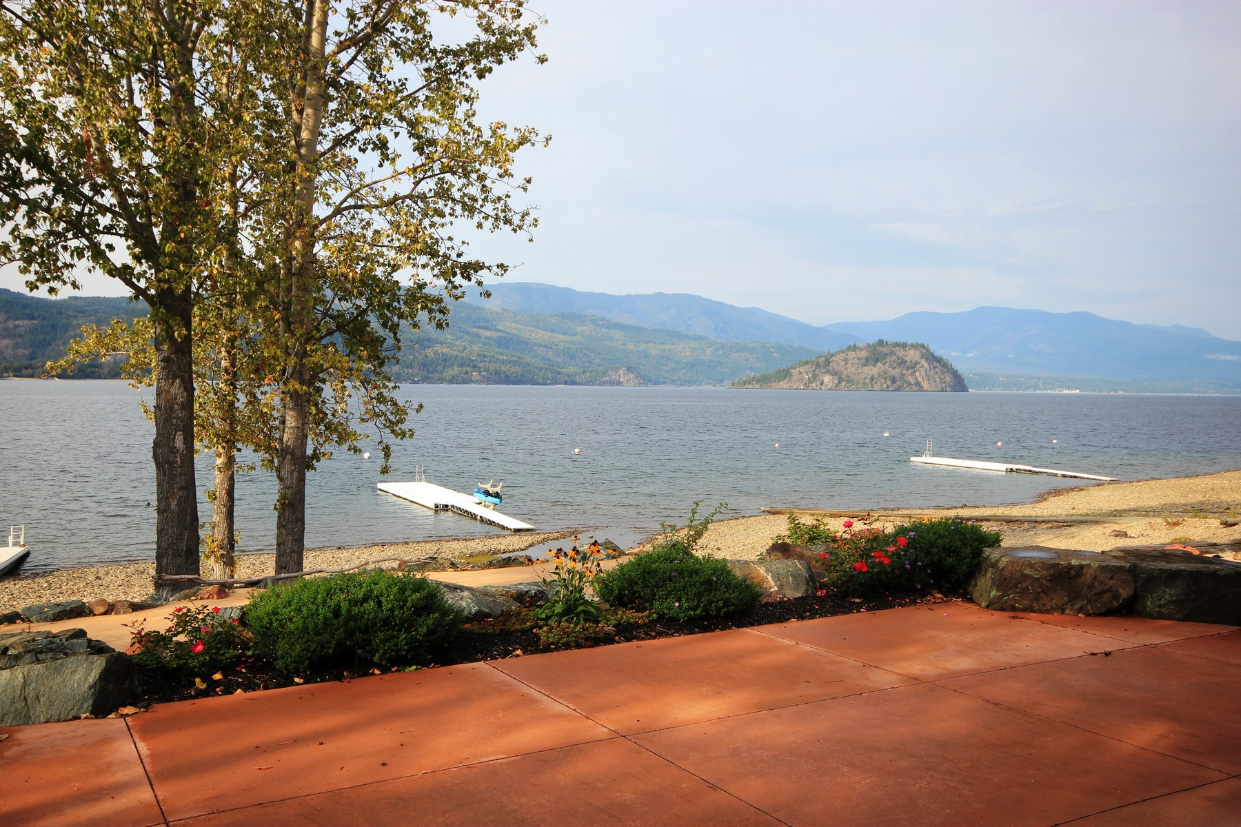 Single Family Home for Sale at Long Beach Estates 1 1801 Archibald Rd Sorrento, British Columbia V0E2W0 Canada