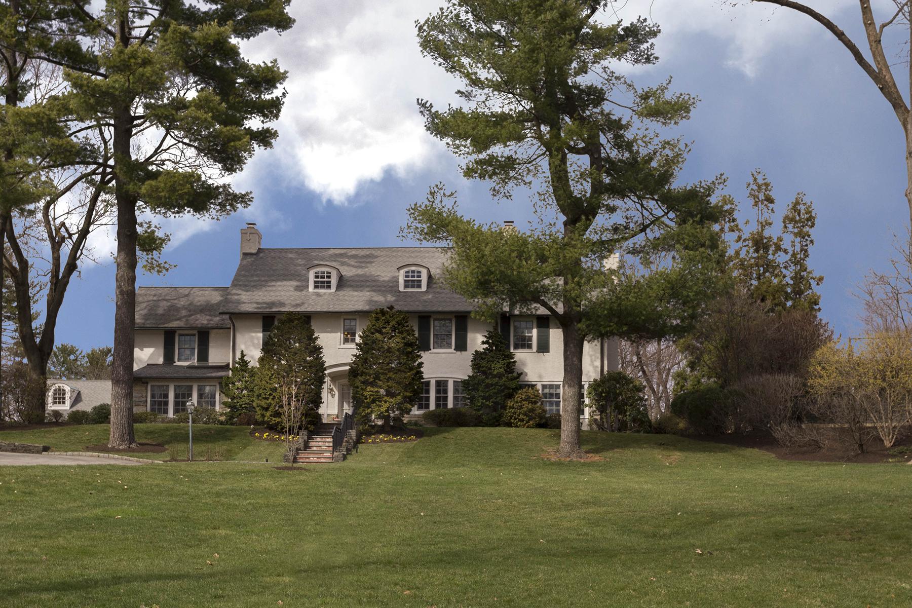 단독 가정 주택 용 매매 에 Stately Wayne Colonial 311 Edgehill Road Wayne, 펜실바니아, 19087 미국
