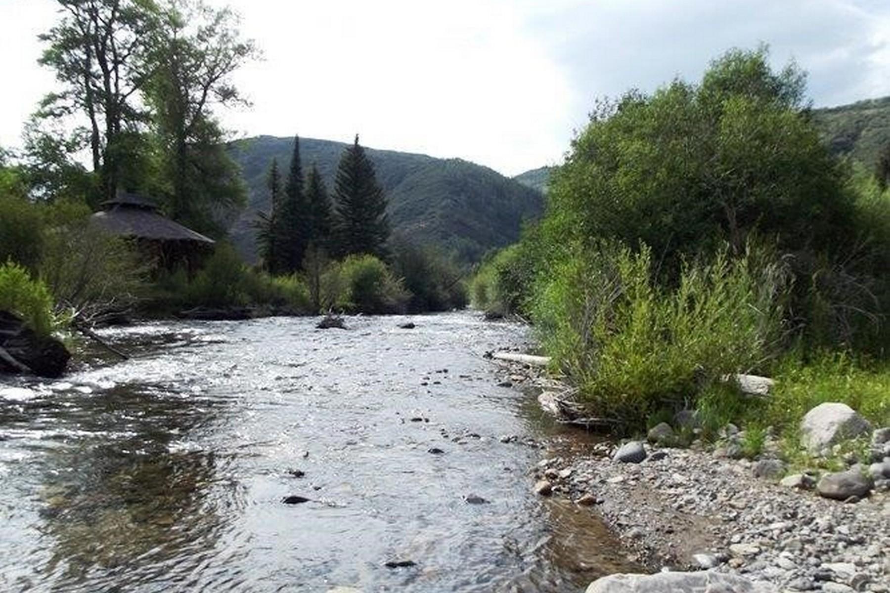 토지 용 매매 에 12 Acre Ranch in Meeker 29100 County Road 8 Meeker, 콜로라도, 81641 미국