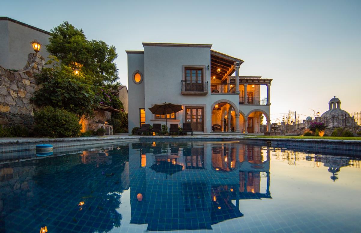 sales property at Casa de la Colina