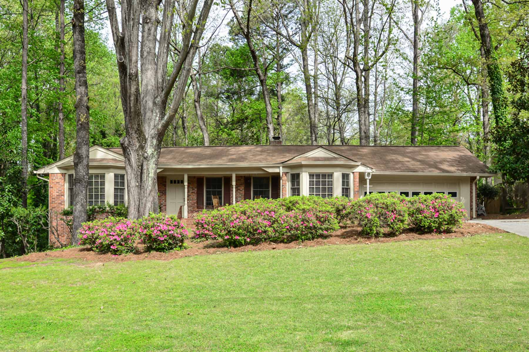 sales property at Updated 4-Sides Brick Ranch in Dunwoody SwimTennis Community