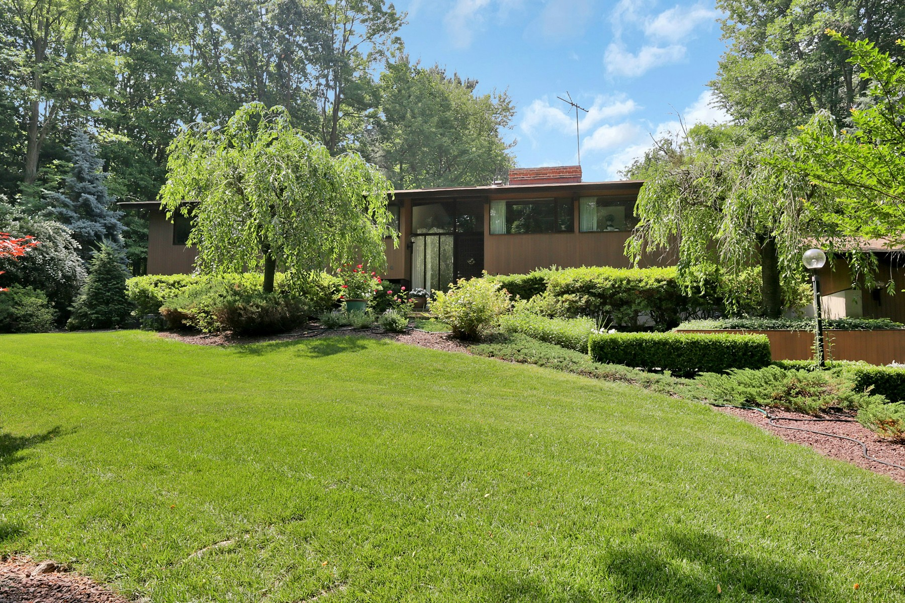 Single Family Home for Sale at Gorgeous Custom Contemporary 4 Fernwood Court Holmdel, New Jersey 07733 United States