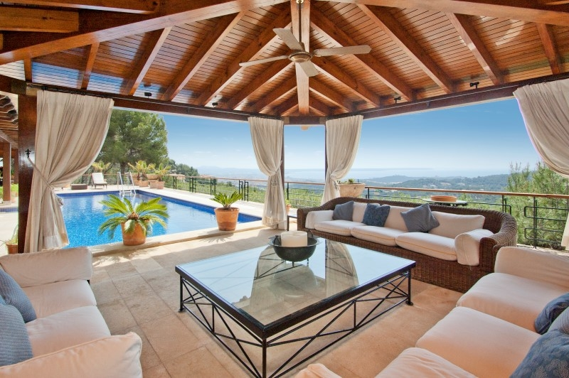 Single Family Home for Sale at Traditional luxury villa in Son Vida Palma Center, Mallorca, 07013 Spain
