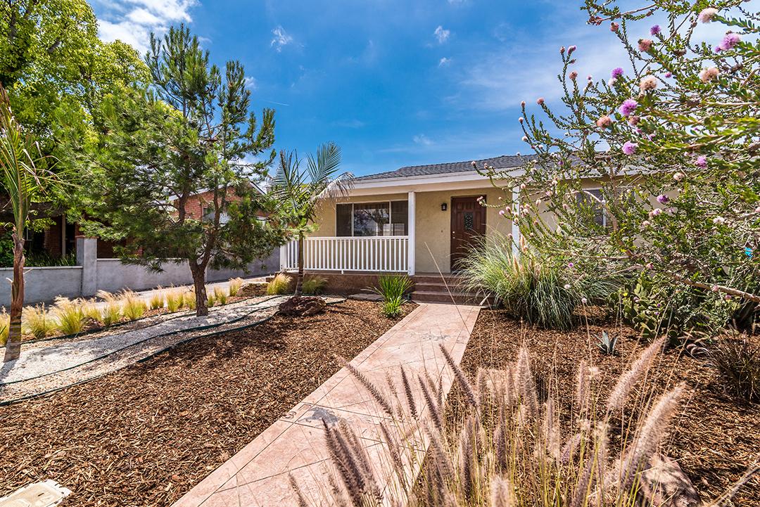 Villa per Vendita alle ore North Redondo Awaits 3409 Johnston Avenue Redondo Beach, California, 90278 Stati Uniti