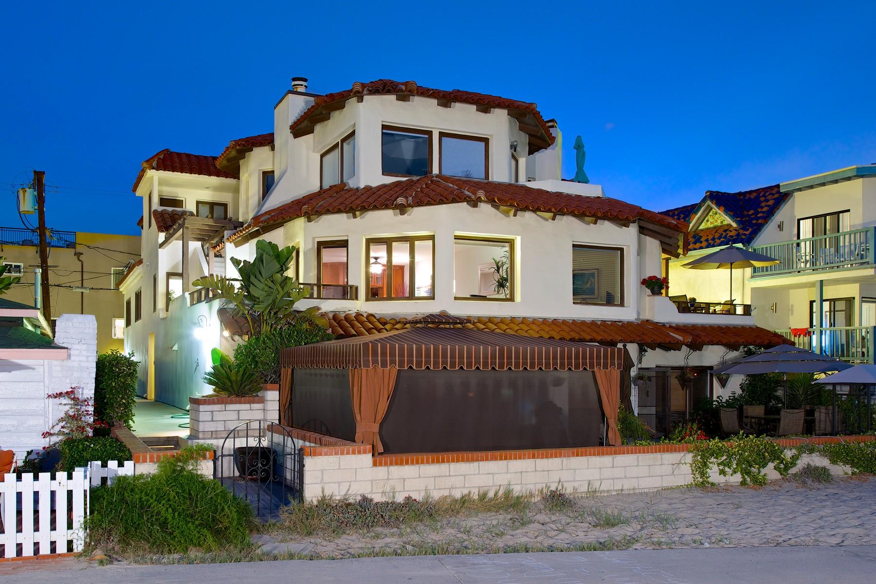 콘도미니엄 용 매매 에 Ocean Front Walk 2653 Ocean Front Walk San Diego, 캘리포니아, 92109 미국