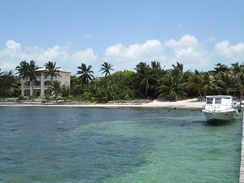 Land for Sale at Prime Beachfront Lot Located in Great Area of North Ambergris Caye San Pedro Town, Ambergris Caye Belize