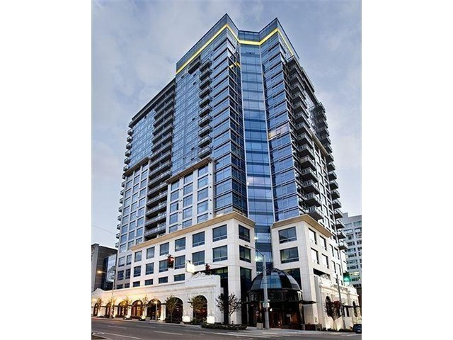 Condominium for Sale at Luxury High Rise Residence 2033 2nd Ave #802 Seattle, Washington 98121 United States