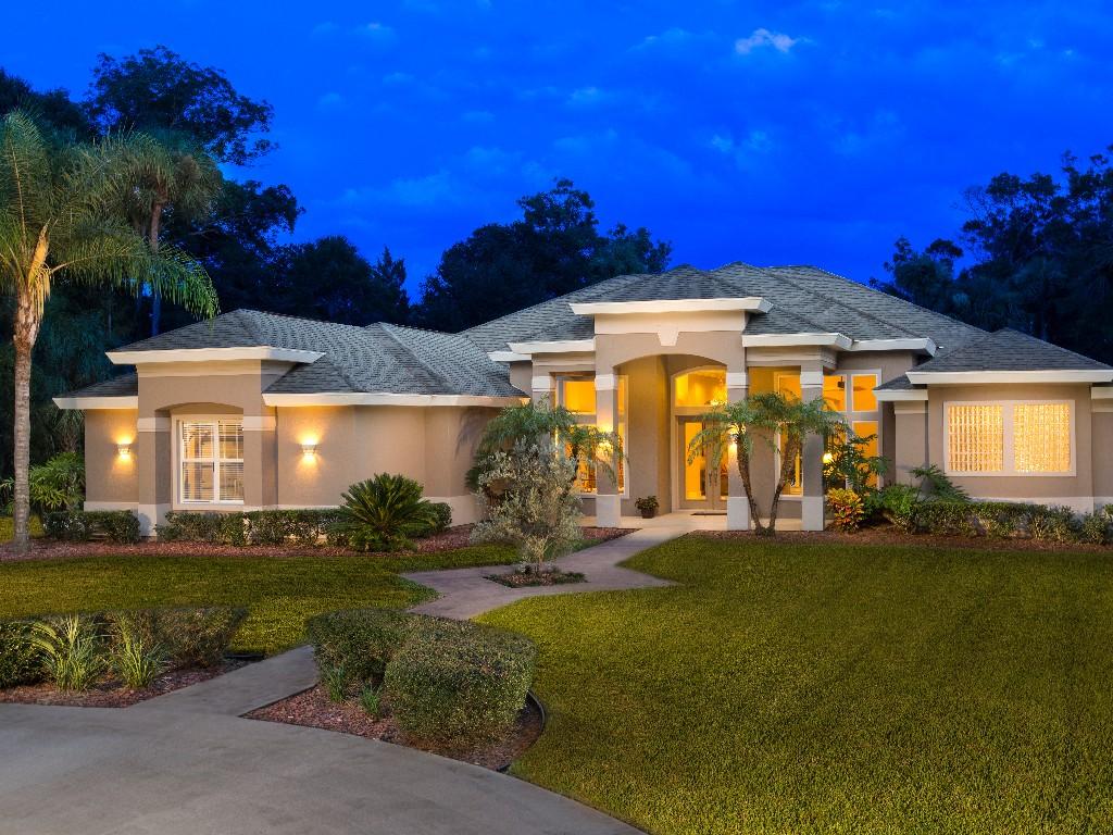 Single Family Home for Sale at Daytona Beach, Florida 6431 Spruce Creek Road Port Orange, Florida 32127 United States