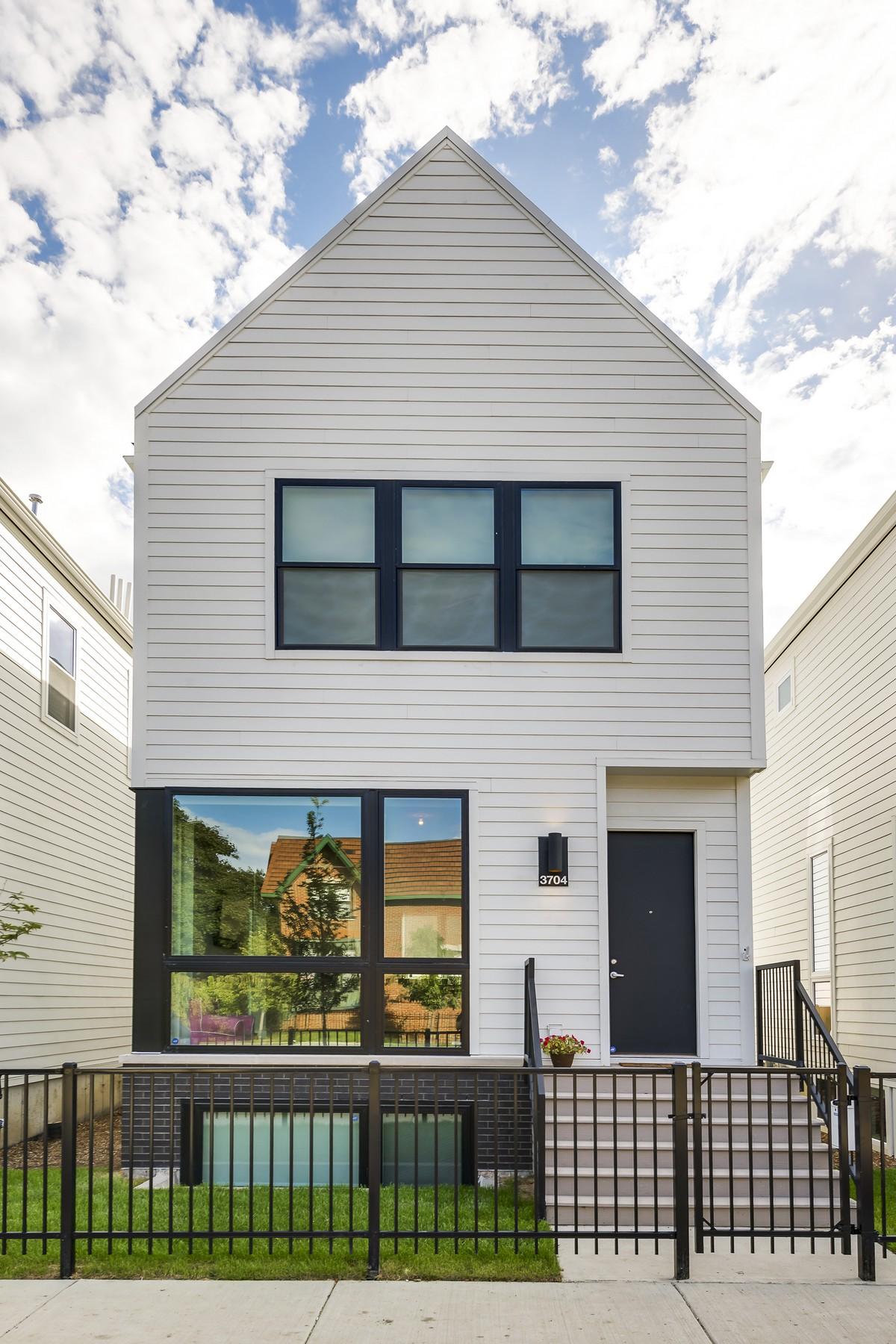 Casa para uma família para Venda às Great New Development 3658 N Kenneth Avenue Irving Park, Chicago, Illinois, 60641 Estados Unidos