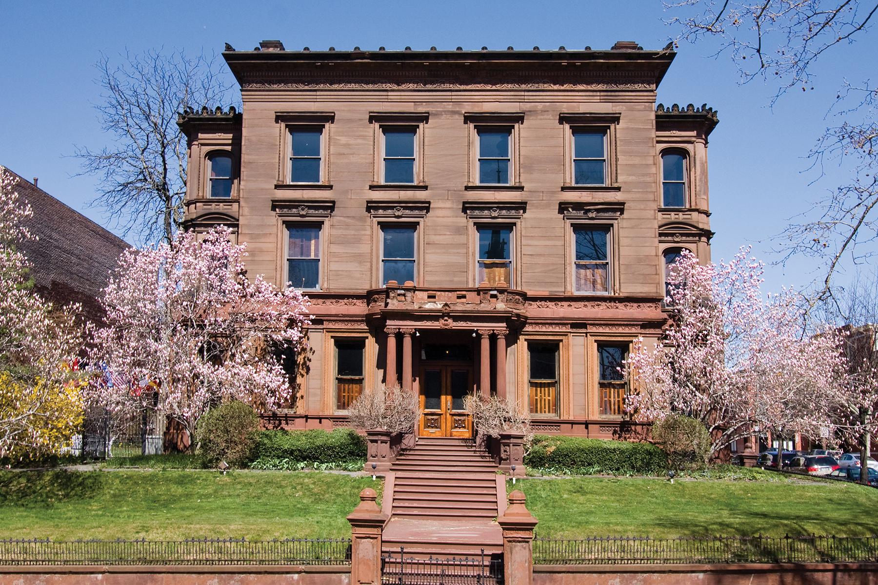 rentals property at Bergdoll Mansion