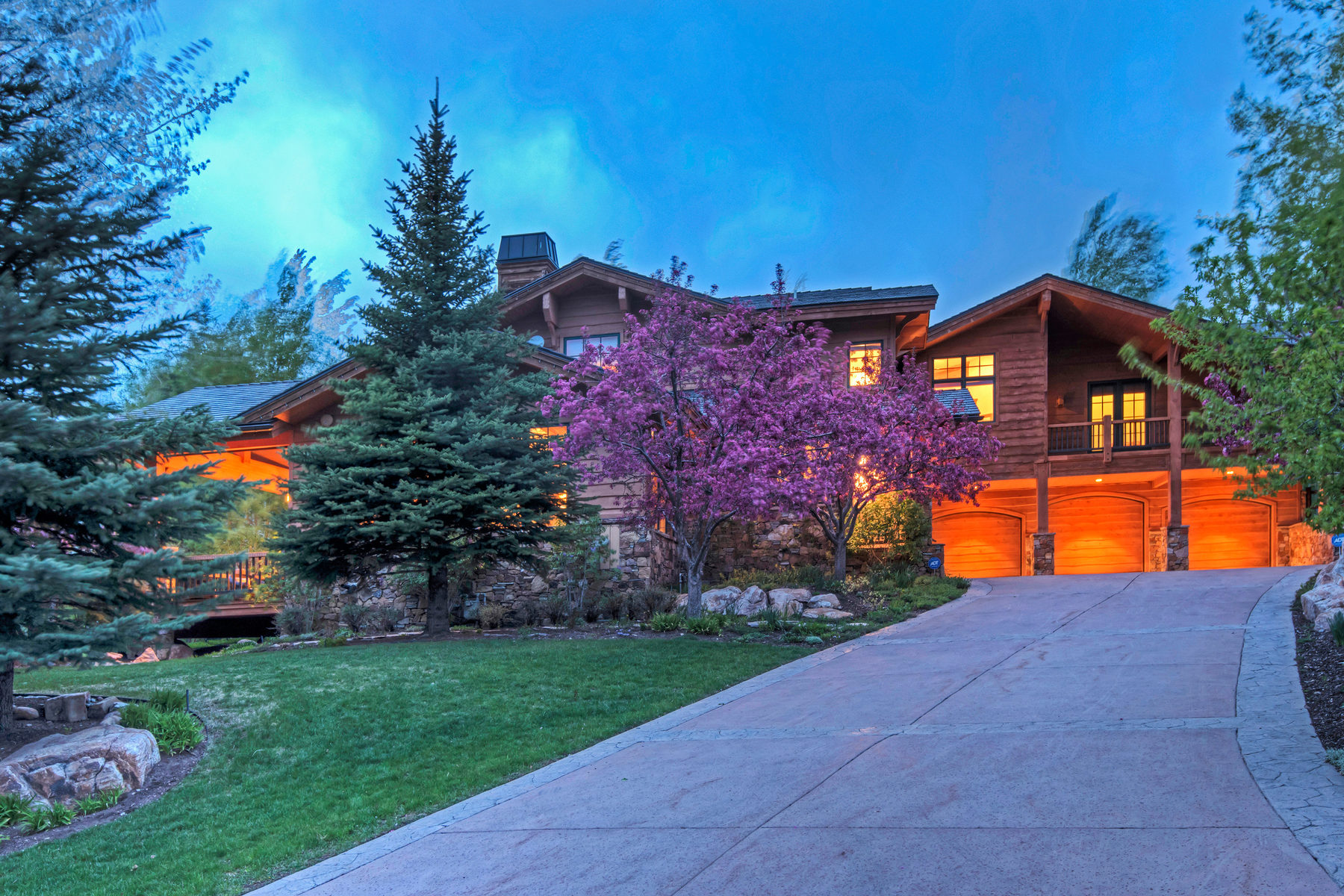 Single Family Home for Sale at An Entertainer's Dream in Fairway Hills 2485 Silver Cloud Dr Lot 17 Park City, Utah, 84060 United States