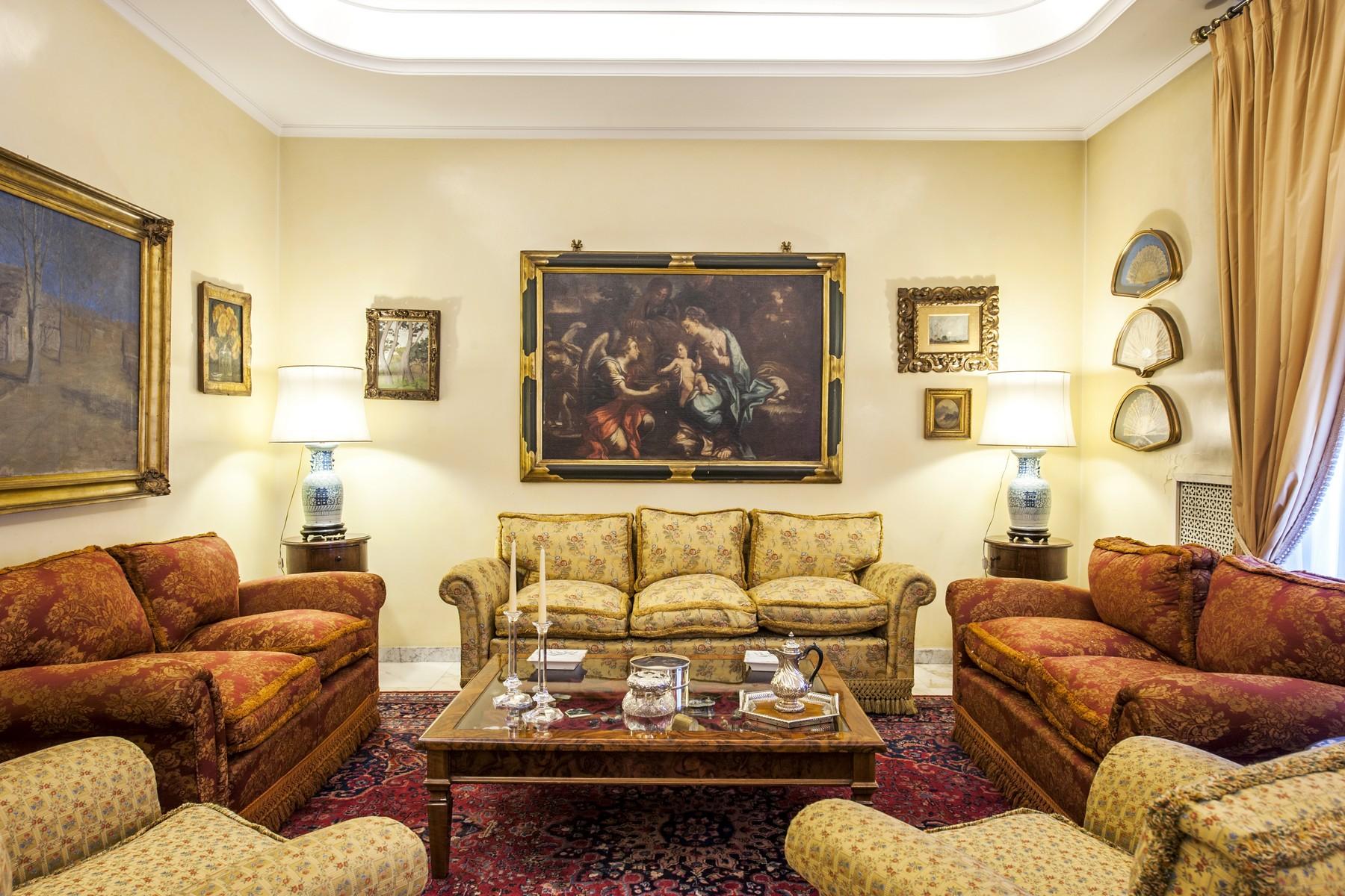 公寓 為 出售 在 Large apartmet with double entrance in Parioli Rome, 羅馬, 義大利