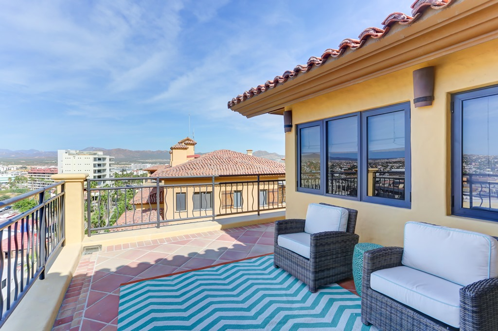 sales property at Hacienda penthouse 4-601