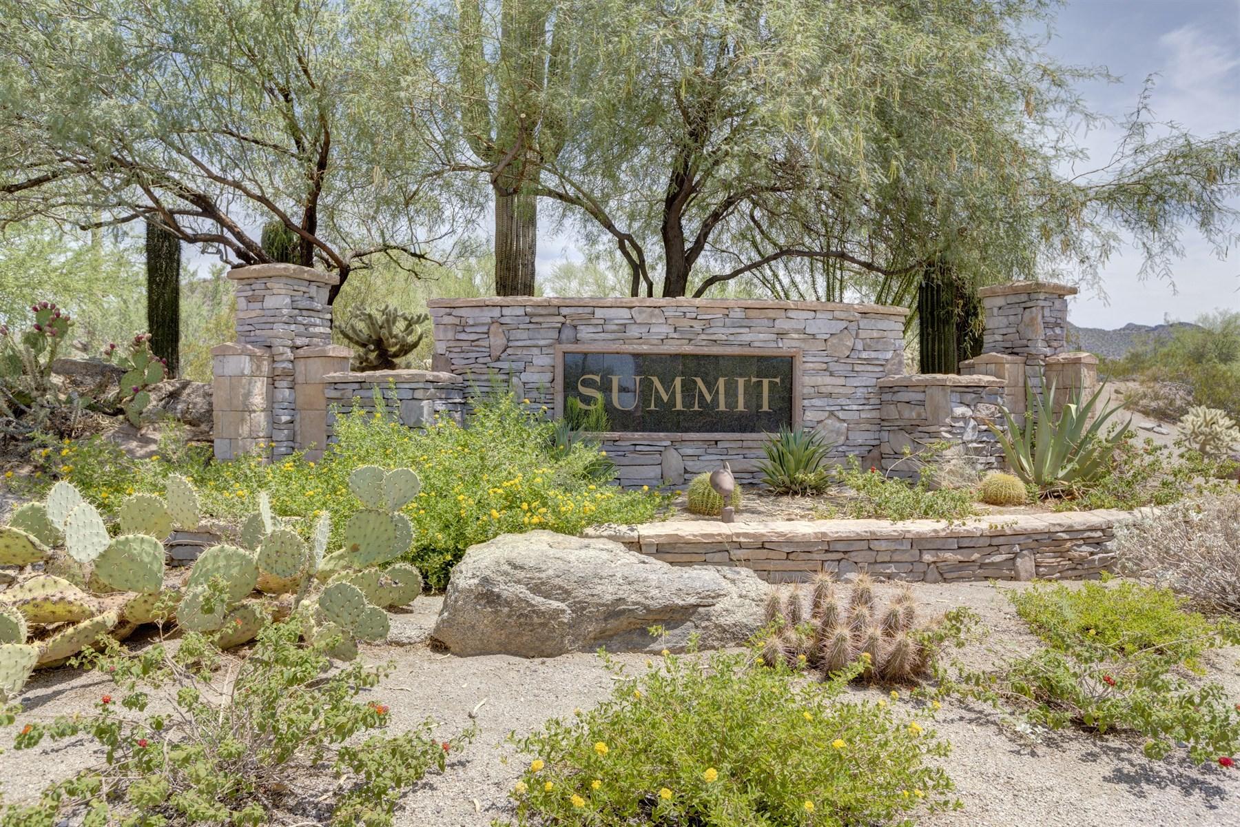 Đất đai vì Bán tại Spectacular lot located in the exclusive Summit neighborhood of Las Sendas. 4334 N YARROW CIR 34 Mesa, Arizona 85207 Hoa Kỳ